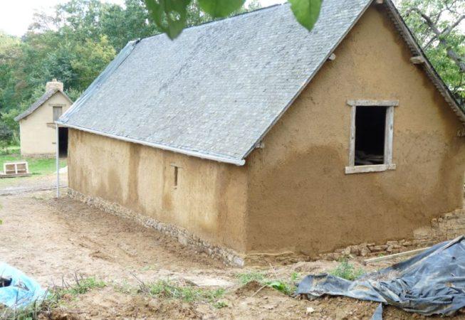 restauration-grange-terre-maçon-terre-35