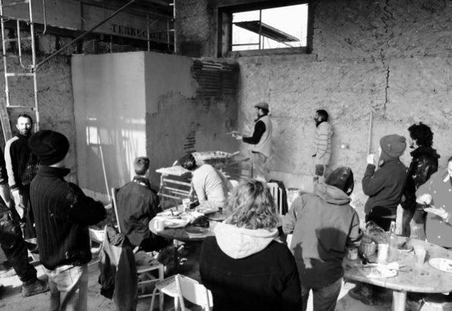 2017 février chantier participatif torchis9