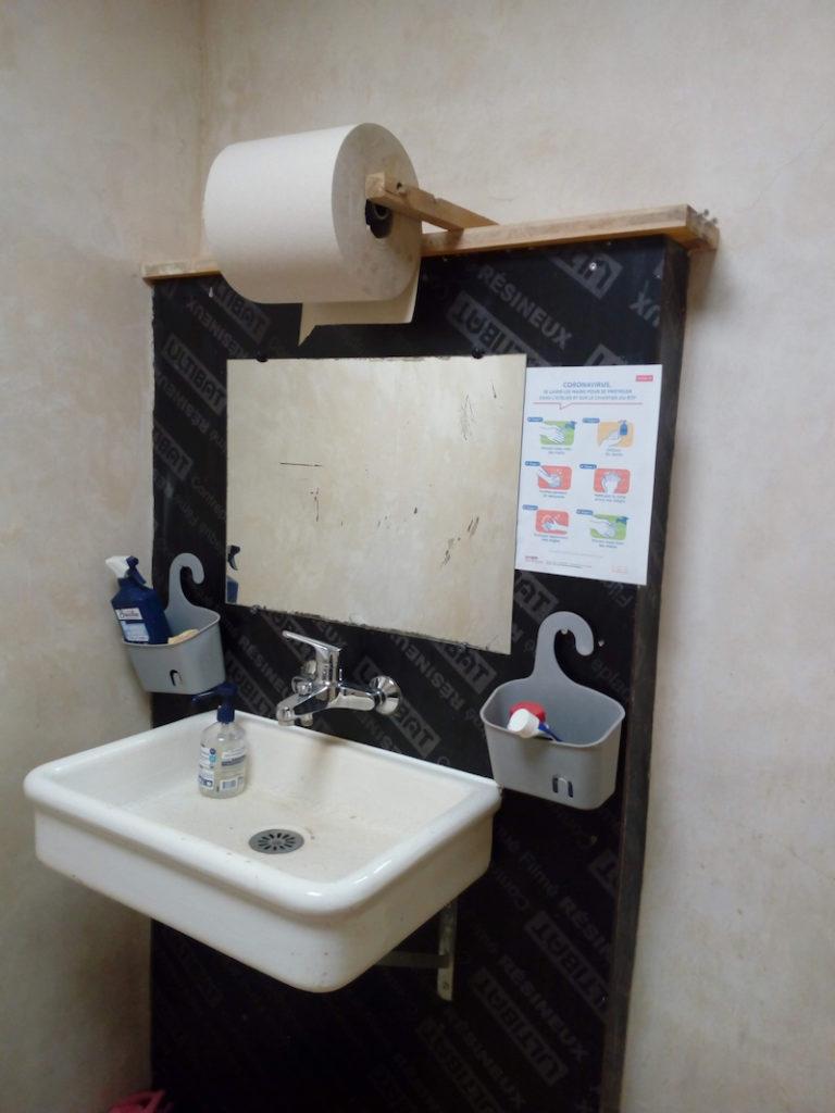 installation sanitaire, opération lavage des mains!!