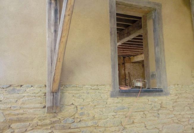 ouverture double carré atelier Couet Horbowa, enduit extérieur terre et fibre stabilisé à la chaux EIRL Terre Crue 4
