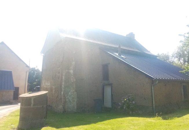 ravelement et reprise d'angle maison en terre St Gilles EIRL Terre Crue Maetz Ghislain
